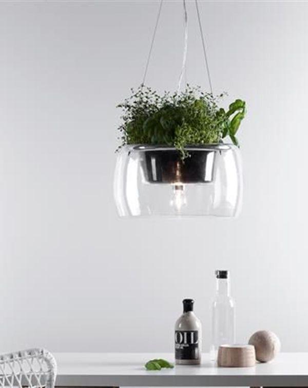 Đèn LED thả cây